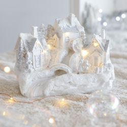 크리스마스 오브제 흰 눈으로 뒤덮힌 마을