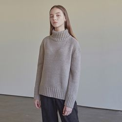 WINTER WOOL TURTLENECK SWEATER BEIGE
