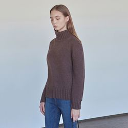 WINTER WOOL TURTLENECK SWEATER BROWN