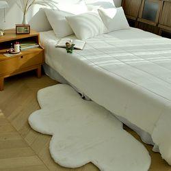 밍크 에코퍼 극세사 거실 구름 러그 (75x135cm)