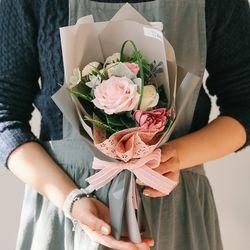 [메세지픽+쇼핑백] 클레어 하트 비누꽃다발-졸업꽃다발