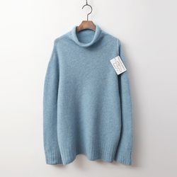 Laine Yak Wool Turtleneck Sweater