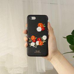 D.product edition 동백꽃 자수 아이폰 케이스