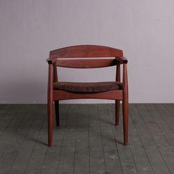 [스크래치]노르딕 의자 01