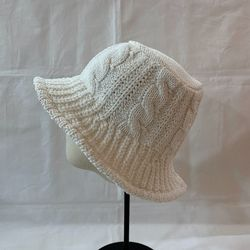 Knit Bucket Hat - New