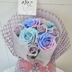 그라데이션 장미꽃다발