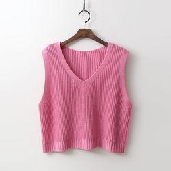 Crop Knit Vest