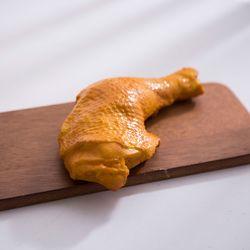 구운 닭다리 모형