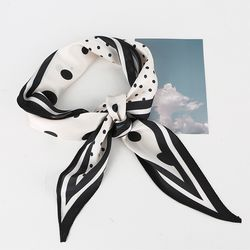 Dot Diamond Scarf