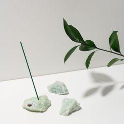 Stone Incense Holder 옥석