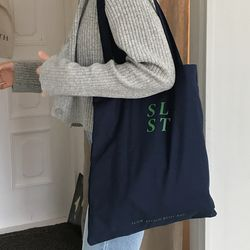slowstitch simple logo bag ( navy )