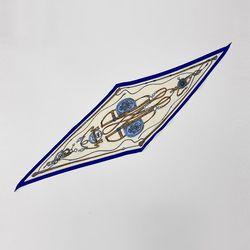 Belt Line Diamond Scarf