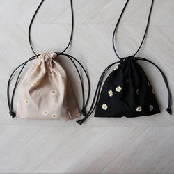 데이지 꽃 조리개 미니 파우치 숄더백 (2color)