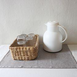 brown check linen table mat