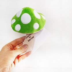Love Pet Squeaky Mushroom Green그린버섯바스락삑삑