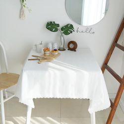 티티 고주파 레이스 식탁보 2인 130x130cm