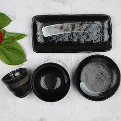 일본 도자기 그릇세트 쿠로케쇼 일본식기 세트 4p