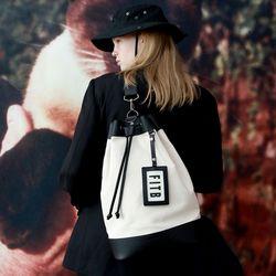 Sister Yoko Bucket Bag (L) (IV-BK)