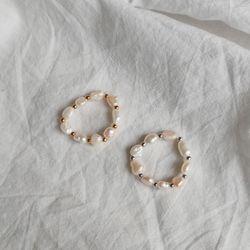핸드메이드 담수진주 프리사이즈 밴딩 반지 (2color)