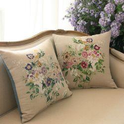 카시아 들꽃 쿠션