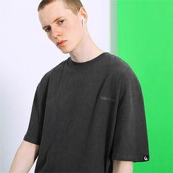 피그먼트 로고자수 티셔츠 -차콜