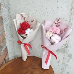비누꽃 카네이션 3송이 꽃다발