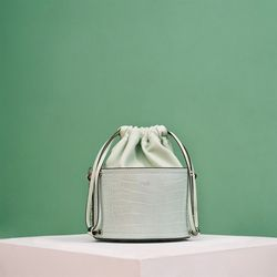 [투오] GELA BUCKET CROSSBODY BAG - MINT