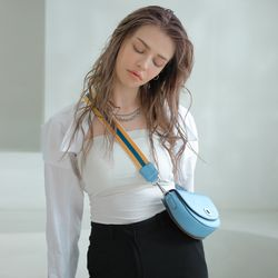 BELLO MINI CROSSBODY BAG - SKY BLUE