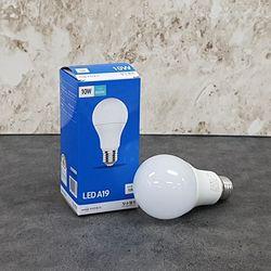 장수 A19 10W LED 볼전구 (주광색) 6500K 3등급