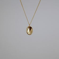 Gold Oval Oasis Necklace
