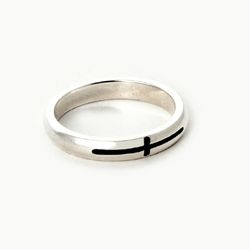 SVR-S607 Ram Cross Ring (Silver 925)