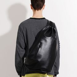 LEATHER SLING BAG (BLACK)