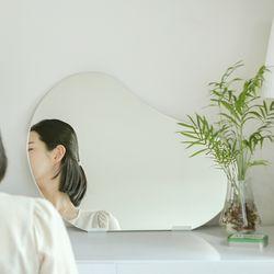 페블 미러 노프레임 비정형 인테리어 거울 M size
