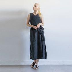 W22 linen v ops black