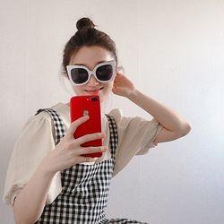 유니크 프레임 뿔테 오버사이즈 선글라스 UV400 (2color)