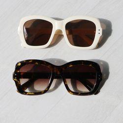 사각 라운드 뿔테 선글라스 UV400 (2color)