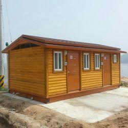 T115나무집형 수세식 이동화장실