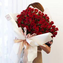 레드 장미 100송이 꽃다발 프로포즈 기념일 생일 로즈데이