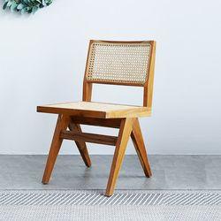 잔디 라탄 의자