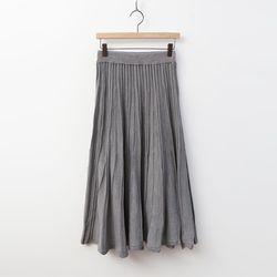 N Simple Pleats Long Knit Skirt