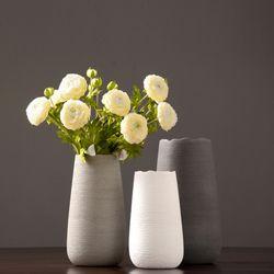 심플 물결라인 디자인 꽃병