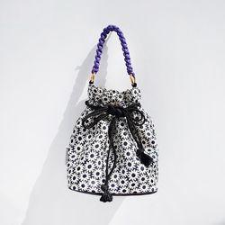 White Flower Bubble Bag