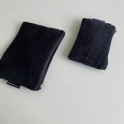 검정 골덴 파우치(Black corduroy pouch)-S