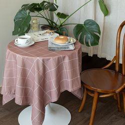 쉐어브릭로즈체크 식탁보 테이블보 120x120cm