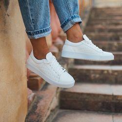 [mumka] Basic White Floter Sneakers