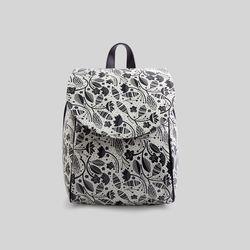 [mumka] Black and White Leaves Backpack