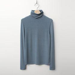 Easy Turtleneck Tee