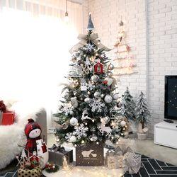 크리스마스트리 PE고급트리 중대형트리 비앙카실버 1.6M 풀세트