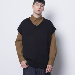 M614 in over knit vest black