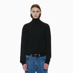 STANDARD TURTLENECK KNIT BLACK